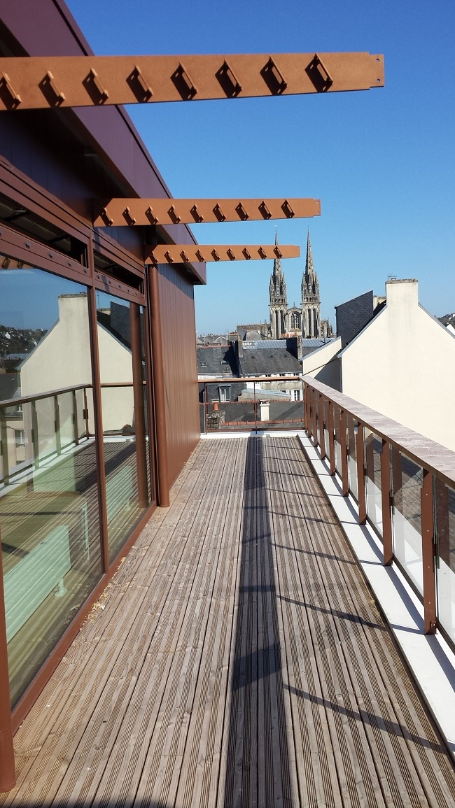 Terrasse du centre de congrès du Chapeau Rouge de Quimper