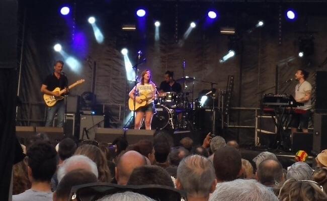 Anaïs à la Fête de la Musique 2017 de Quimper